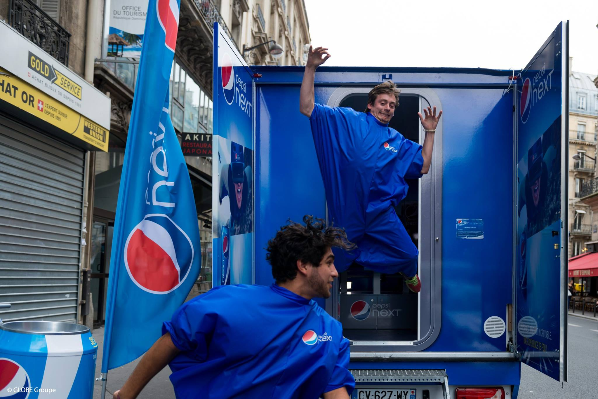 screenshot d'une campagne de street marketing Pepsi next cabine photographique
